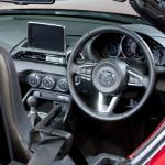 allnewMX5_unveiling_MazdaSpace_interior_01__jpg300